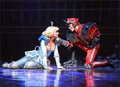 Dinah und Caboose in Starlight Express
