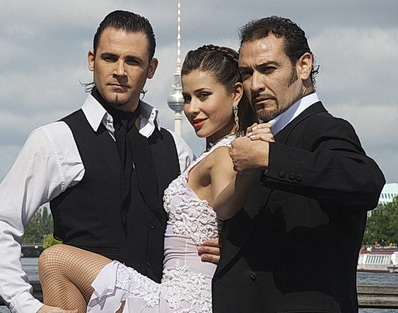 Tanzshow Tanguera Pressetermin in Berlin im September 2014 mit Melody, Esteban Domenichini und Dabel Zanabria